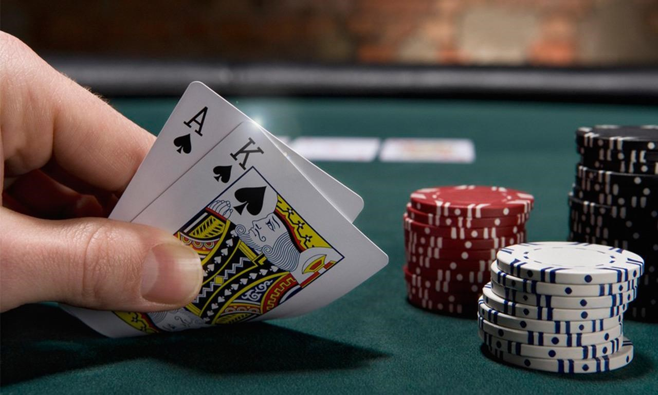 Poker online worms casino Brasil - 998039